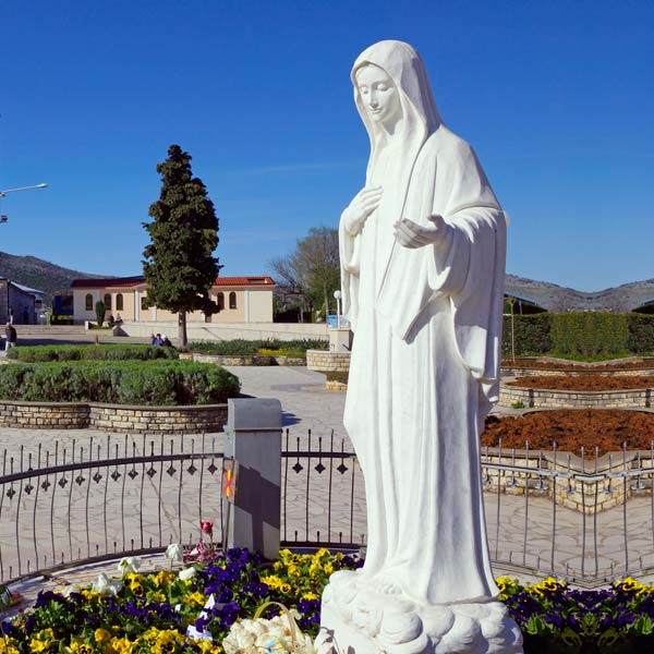 Catholic white marble madonna medjugorje Statue outdoor for saleTCH-70